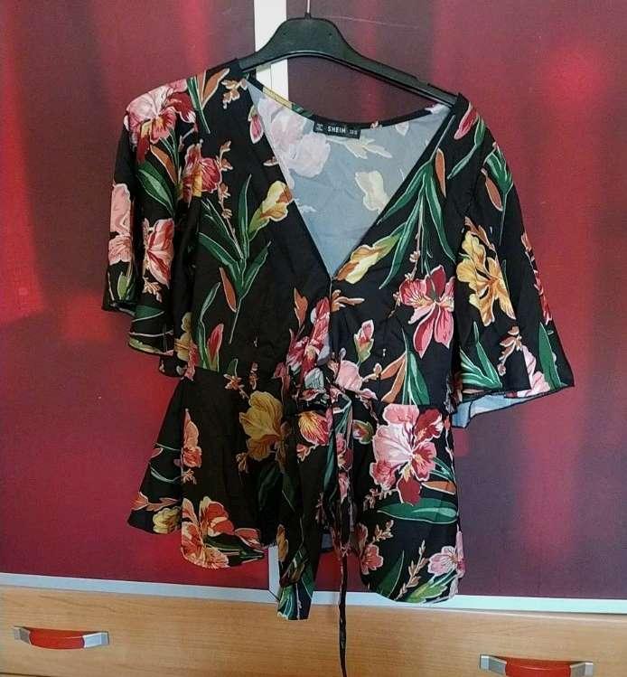 Imagen Camisa estampada Flores