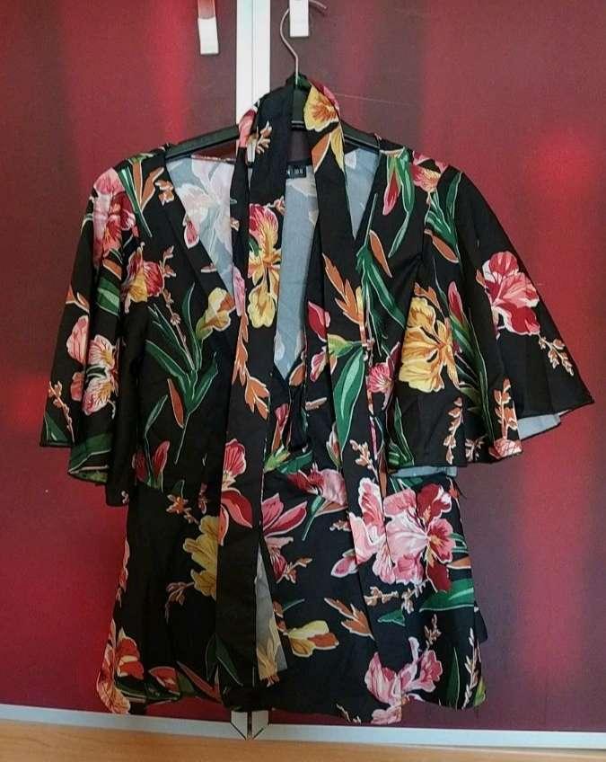 Imagen producto Camisa estampada Flores 3
