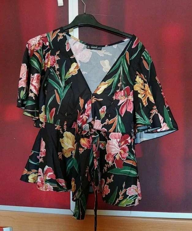Imagen producto Camisa estampada Flores 4
