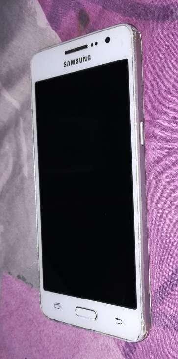 Imagen producto Samsung Galaxy Grand Prime SM-G531F 5