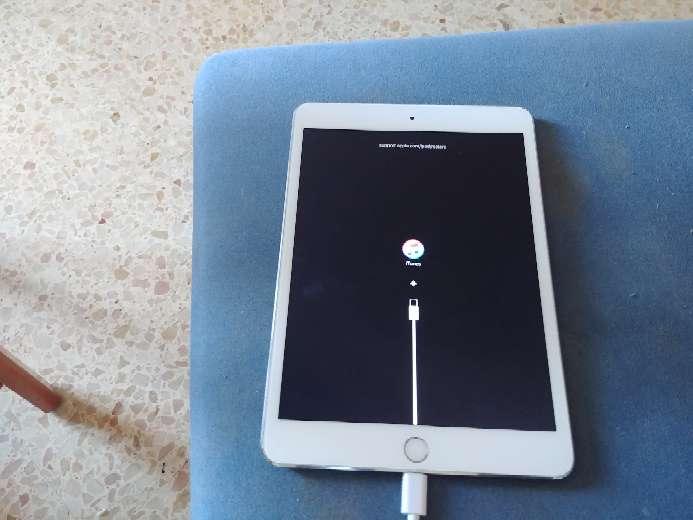 Imagen ipad 3 mini de 64gb para reparar o piezas