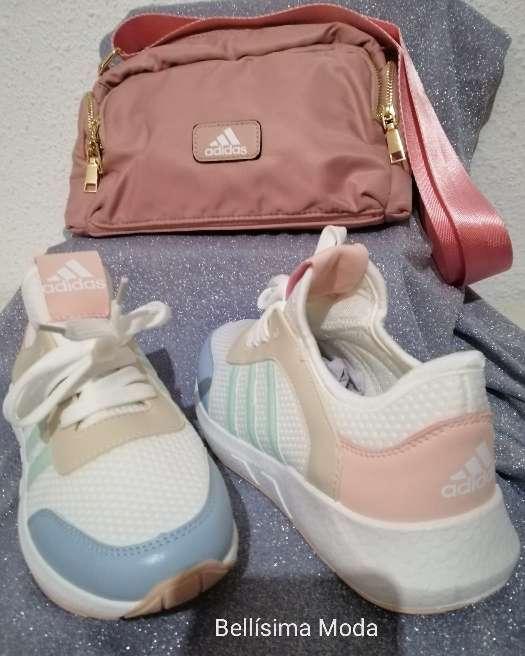 Imagen Combo zapatillas + bolso