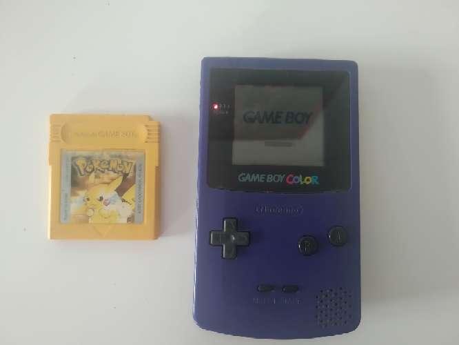 Imagen Game boy , juego Pokémon edición amarillo