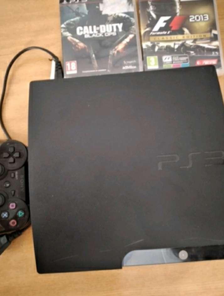 Imagen Se vende  PlayStation 3 con 2 juegos