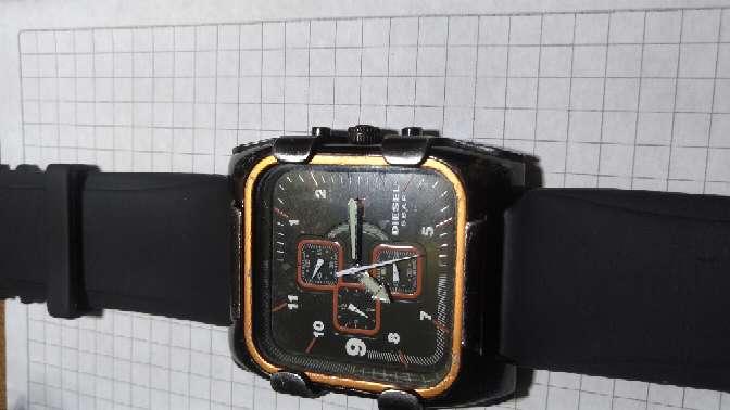 Imagen vendo hermoso reloj marca diesel original