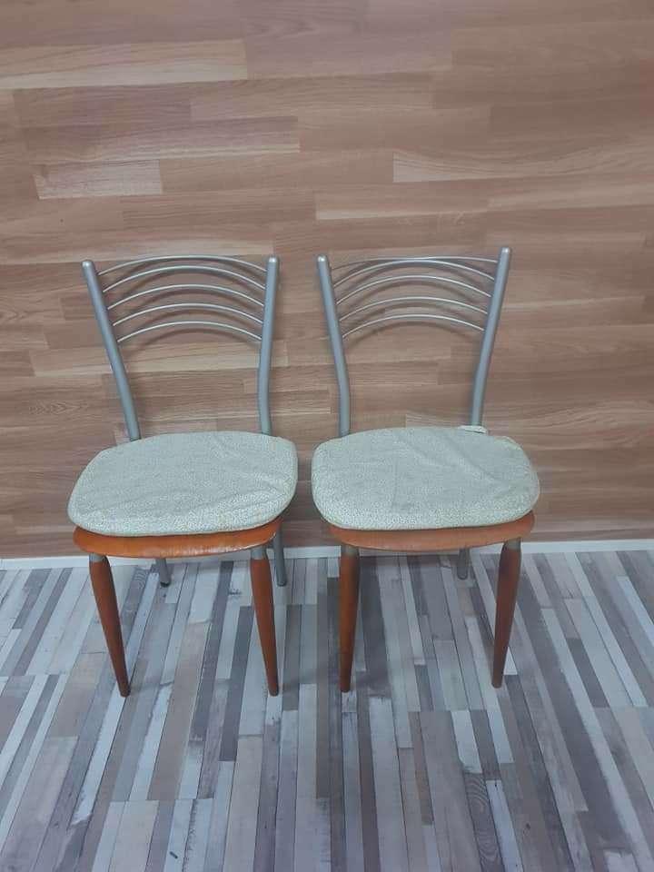 Imagen producto Mesa de cocina y dos sillas 5