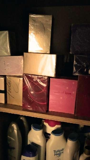 Imagen lote de 20 colonias de Avon nuevas en su caja el