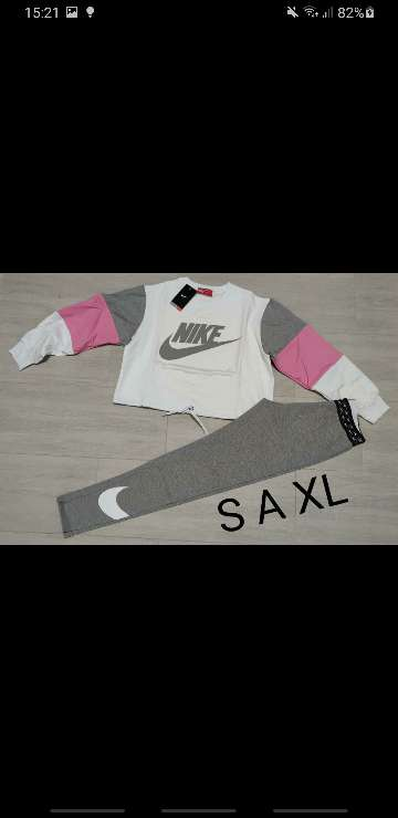 Imagen producto Chándal Nike mujer 1