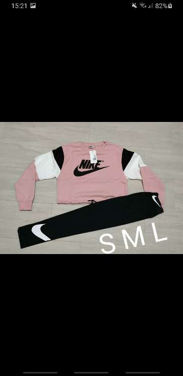 Imagen producto Chándal Nike mujer 5