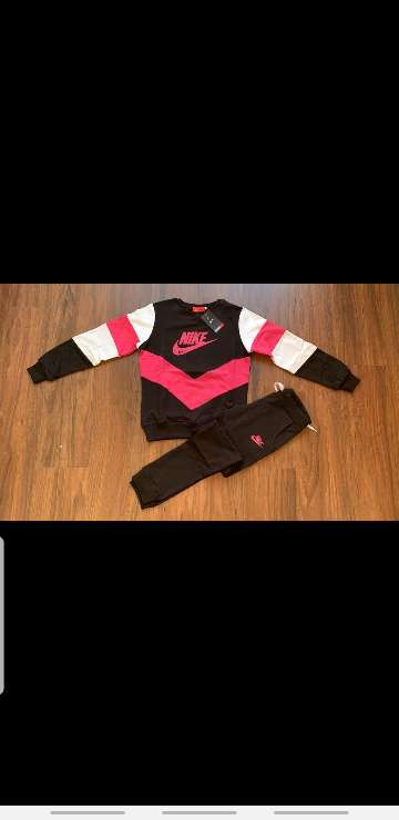 Imagen producto Chándal Nike mujer 7