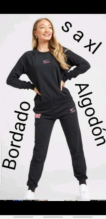 Imagen producto Chándal Nike mujer 9