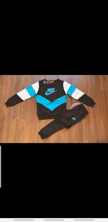 Imagen producto Chándal Nike mujer 6