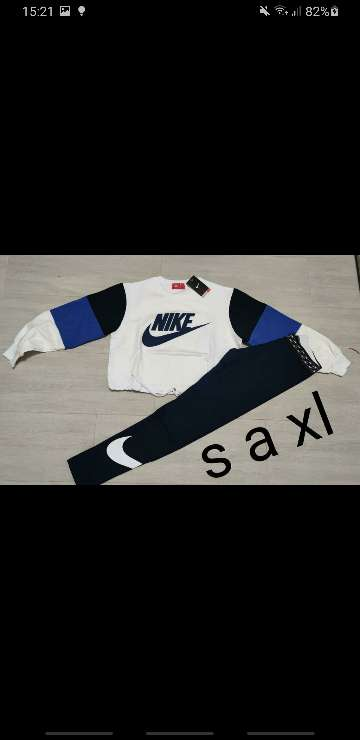 Imagen producto Chándal Nike mujer 2