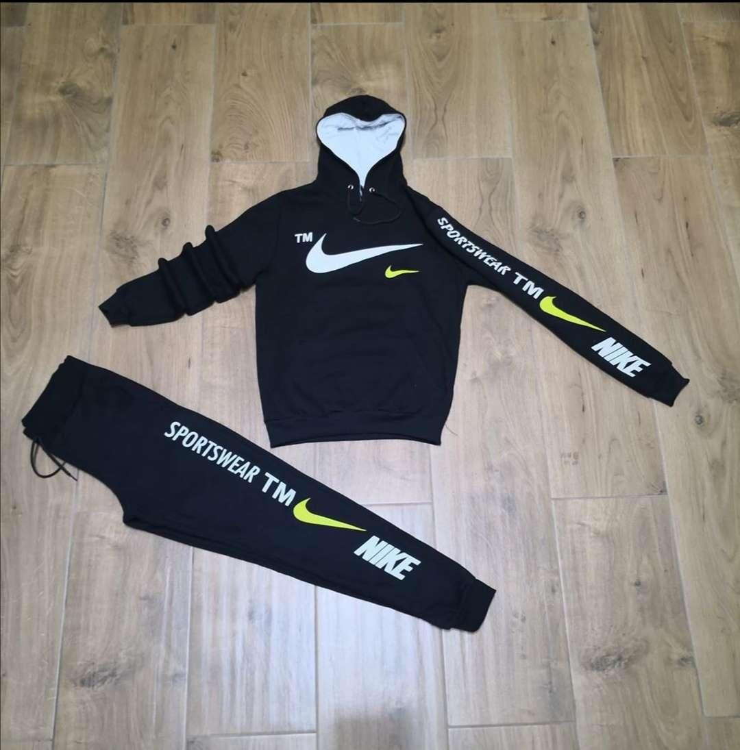 Imagen producto Chandal Nike Contrarembolso Varias Tallas  1