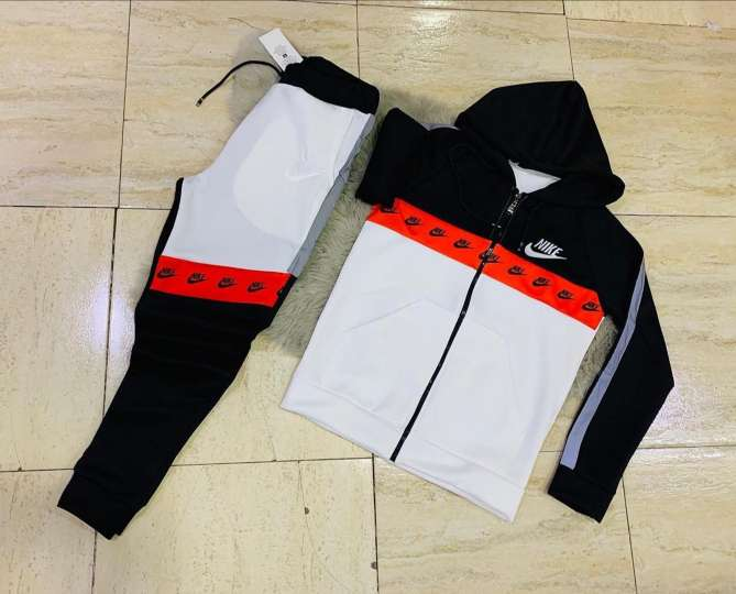 Imagen producto Nike Chandal Contrarembolso Varias Tallas 3