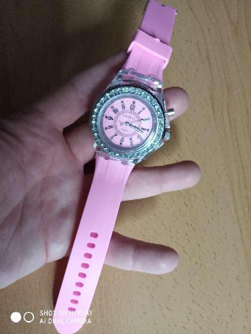 Imagen producto Reloj de mujer - fluorescente (nuevo con pila)  2