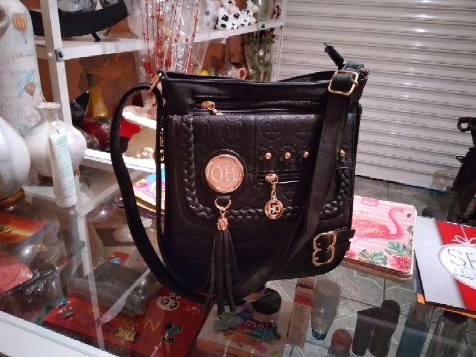 Imagen se vende bolsa para dama