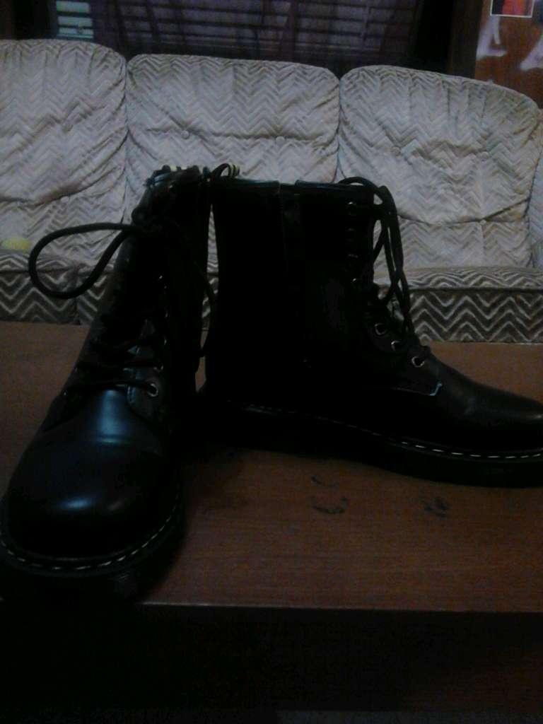 Imagen botas militares muger