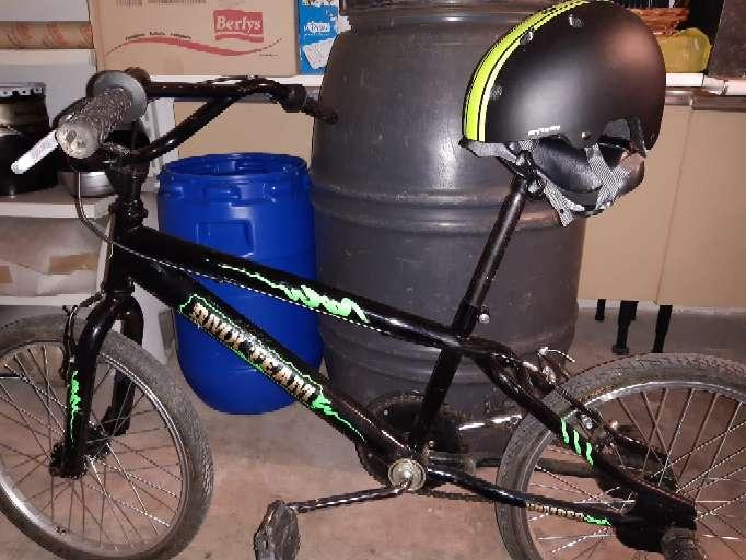 Imagen BMX (casco de regalo)
