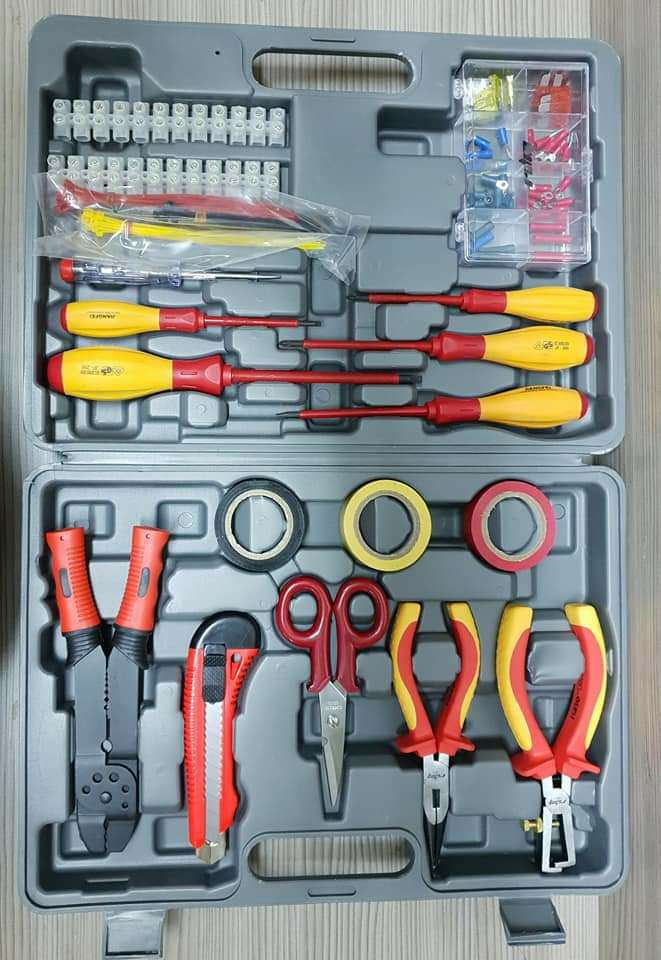 Imagen Maletin herramientas electricidad