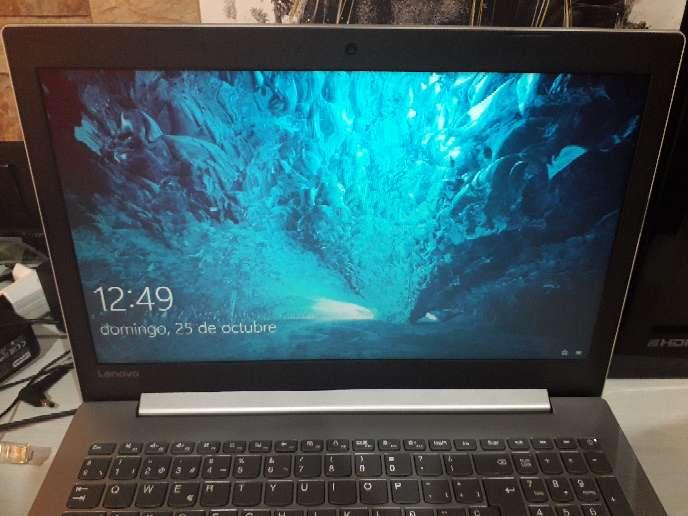Imagen Portátil Lenovo Windows 10 Home con liciencia activada