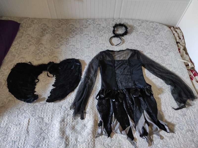 Imagen disfraz de Halloween de diabla
