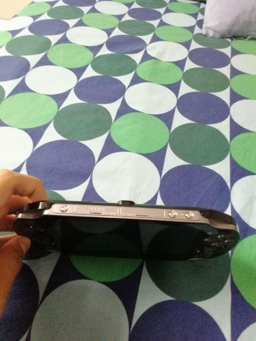 Imagen producto PS Vita con funda y 4 juegos 2