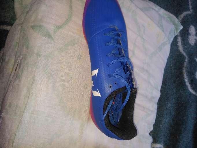 Imagen producto Vendo guayos Adidas originales 4