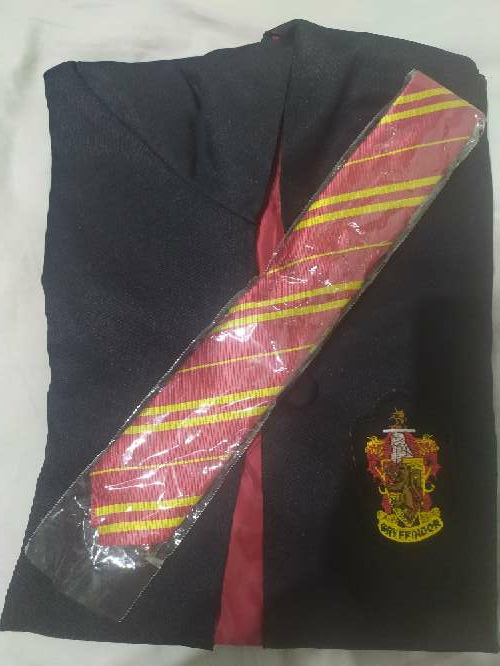Imagen Disfraz Capa Corbata Gryffindor Harry Potter