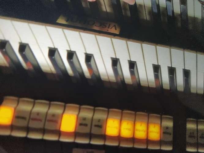 Imagen órgano viscount