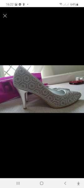 Imagen producto Zapato nuevo 2