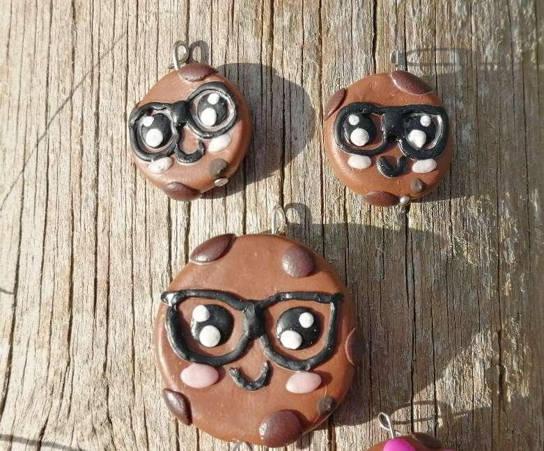 Imagen Conjunto collar y pendientes galletas