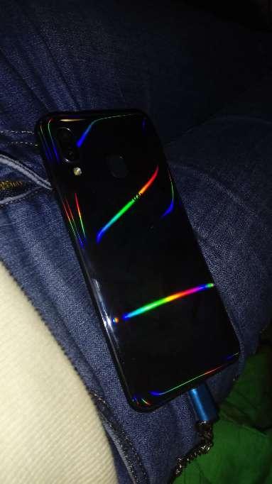 Imagen producto Samsung A40 3