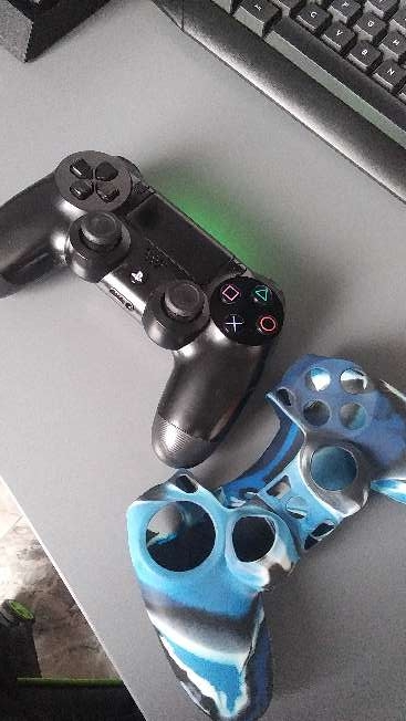 Imagen producto Ps4 + complementos 3
