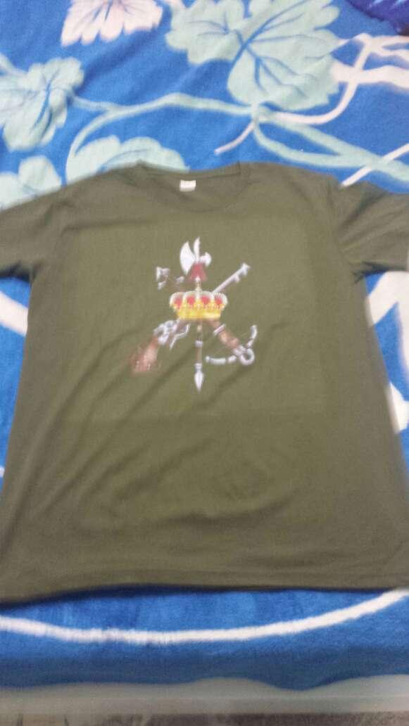 Imagen camisa de la legion y camisa de camuflaje
