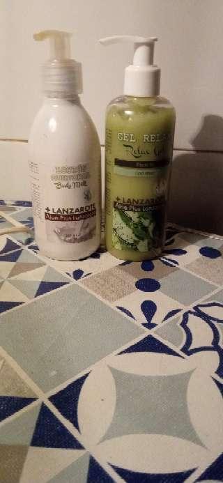 Imagen producto Lote de botes de gel y body milk 1