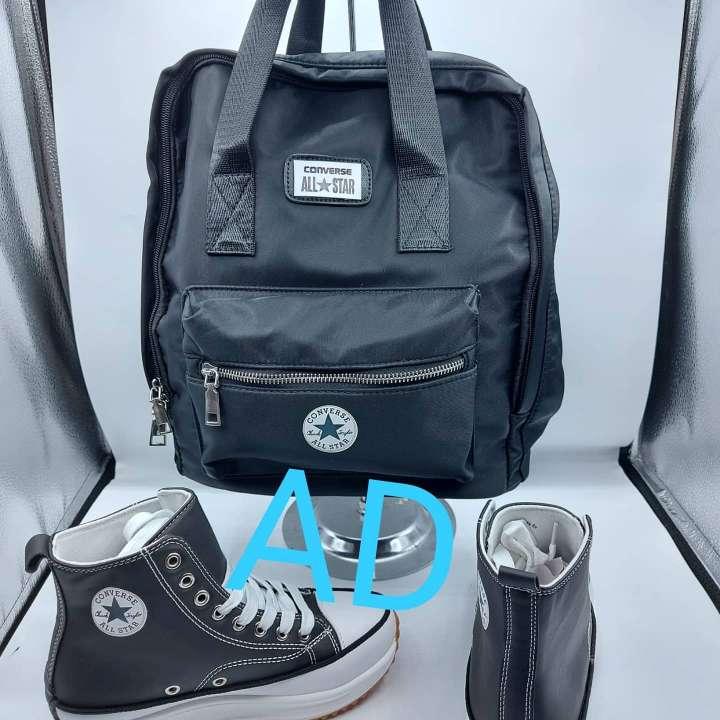 Imagen pack botas playero y mochila