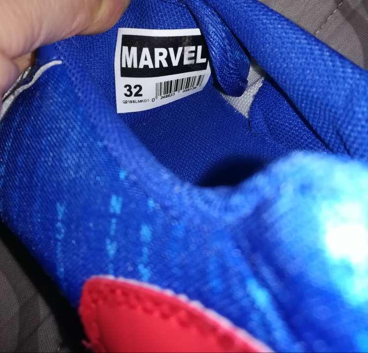 Imagen producto Bambas Capitán América T32 7