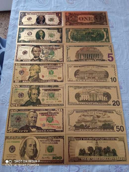 Imagen Billetes de dolares bañados en oro de 24kl.