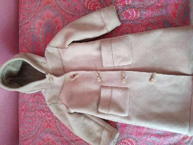 Imagen abrigo niña Lefties