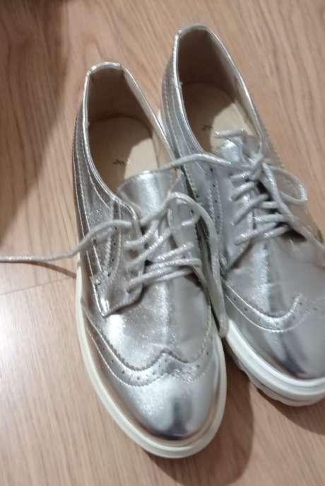 Imagen Zapatos planos plateados T39