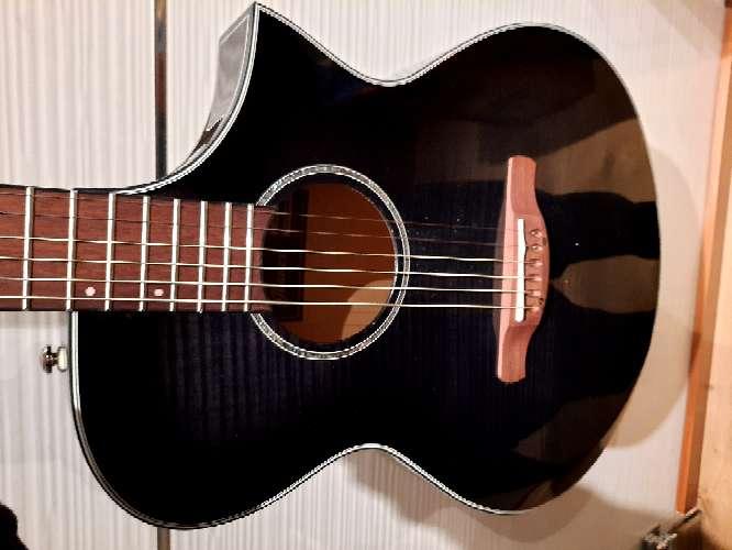Imagen guitarra acustica Ibañez