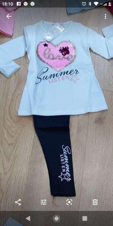 Imagen Conjunto mallas y camiseta niña