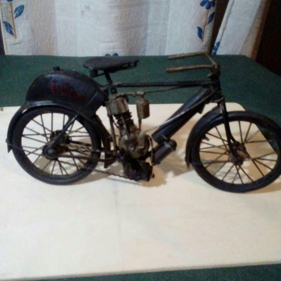 Imagen producto Bicicleta echa a mano. Antiguisima  2