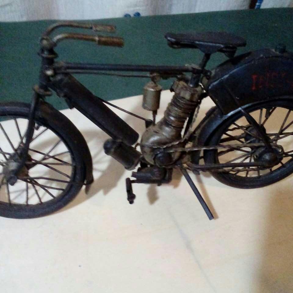 Imagen producto Bicicleta echa a mano. Antiguisima  3