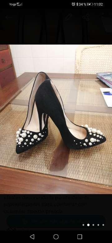 Imagen Zapatos de Tacon con perlas
