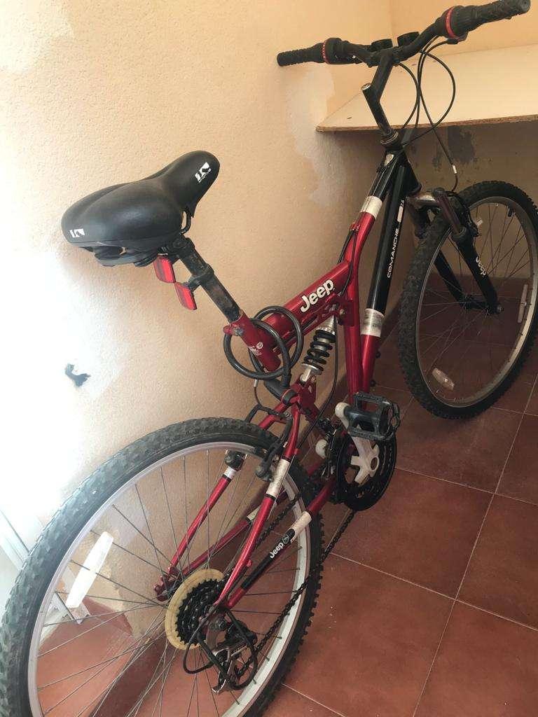 Imagen producto Bicicleta Jeep muy comfortable, bien estado 2