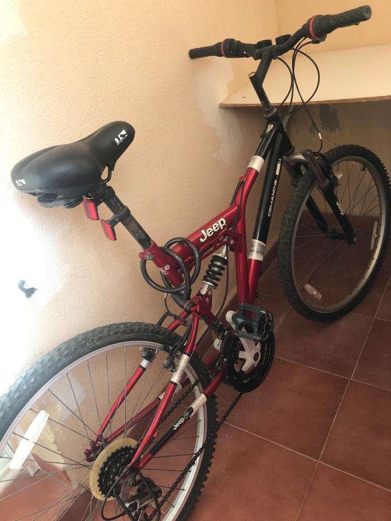 Imagen Bicicleta Jeep muy comfortable, bien estado