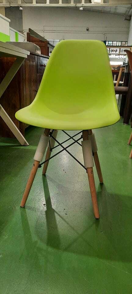Imagen sillas de plástico