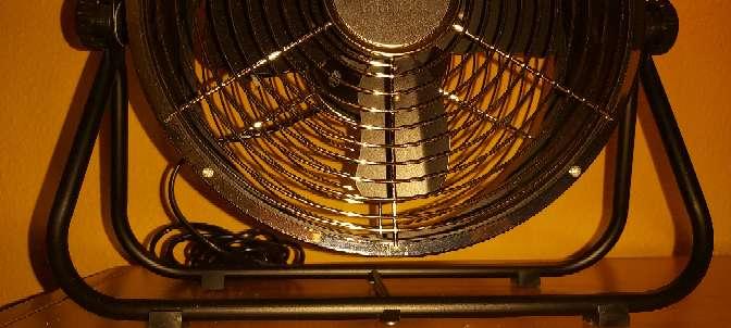 Imagen producto Ventilador Suelo Negro Estilo Industrial 25W 1